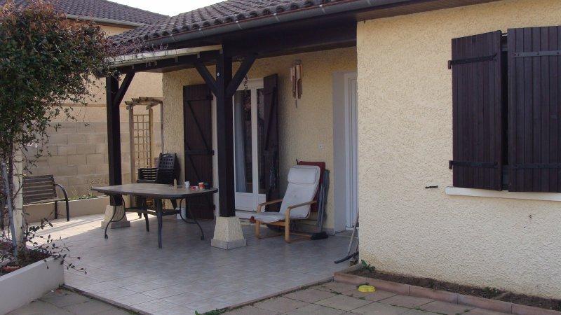 annonce vente maison villefranche sur sa ne 69400 110 m 229 000 992732989381. Black Bedroom Furniture Sets. Home Design Ideas